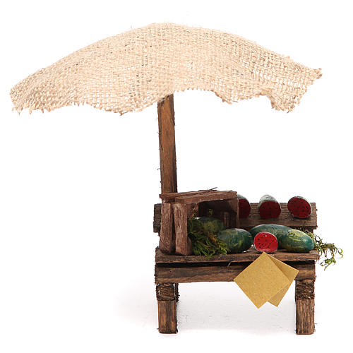 Puesto de mercado para belén con sombrilla y sandías 16x10x12 cm 1