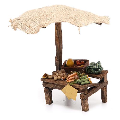 Puesto de mercado para belén con sombrilla y verduras 16x10x12 cm 2