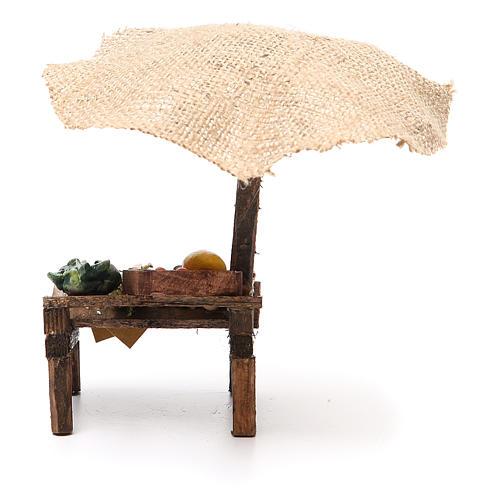 Puesto de mercado para belén con sombrilla y verduras 16x10x12 cm 4