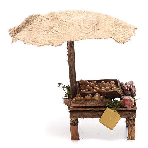 Puesto de mercado para belén con sombrilla, huevos y embutidos 16x10x12 cm 1