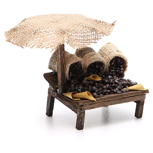 Workshop nativity with beach umbrella, chestnuts 12x10x12cm 3