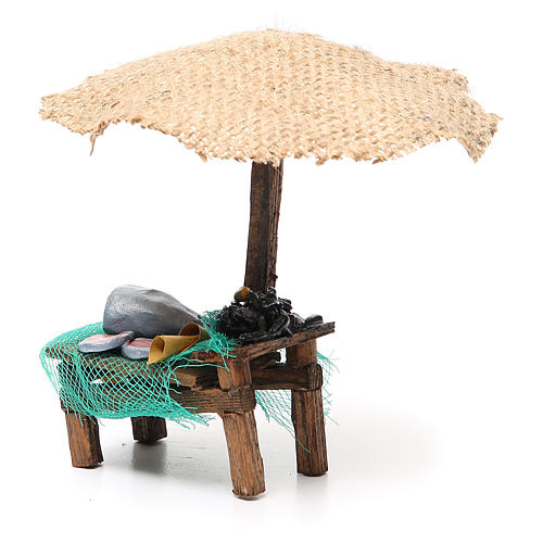 Workshop nativity with beach umbrella, fish and mussels 16x10x12cm 2