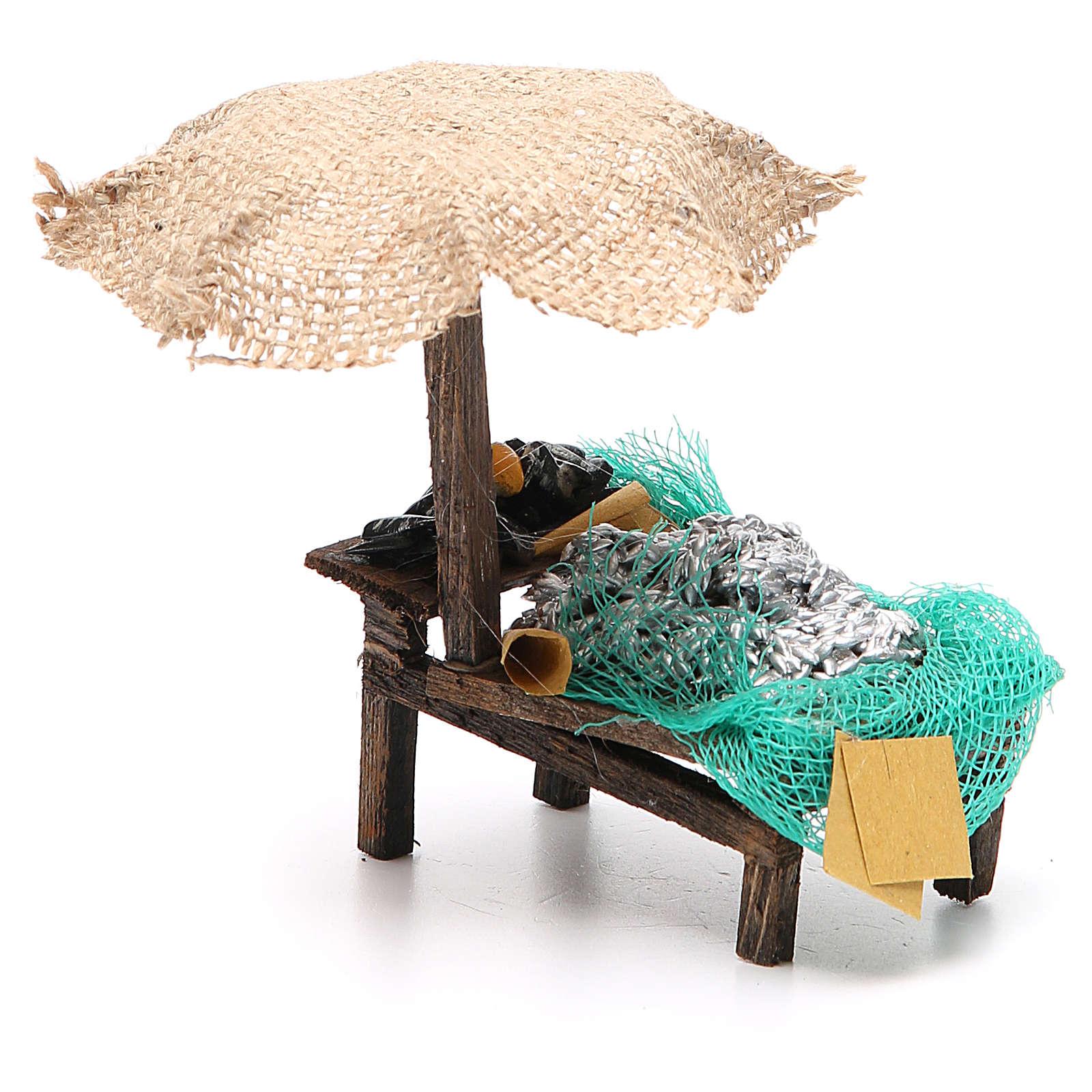 Workshop nativity with beach umbrella, sardine and mussels 12x10x12cm 4