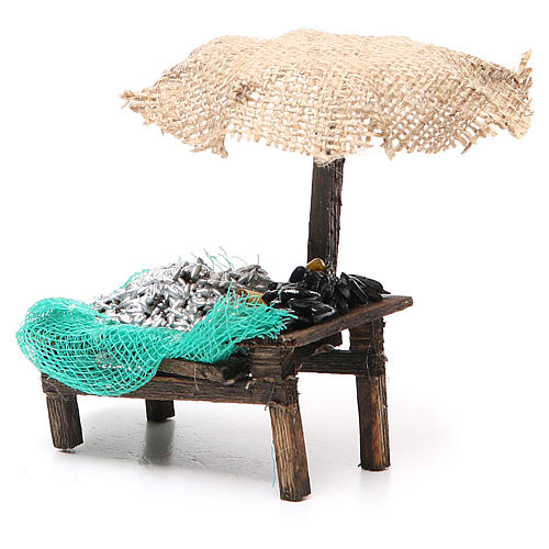 Workshop nativity with beach umbrella, sardine and mussels 12x10x12cm 2