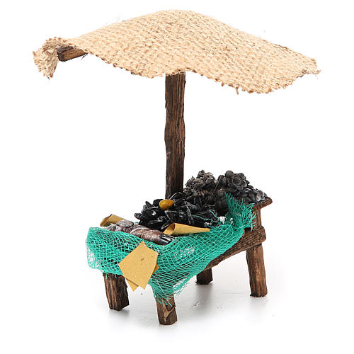 Workshop nativity with beach umbrella, mussels and clams 16x10x12cm 3