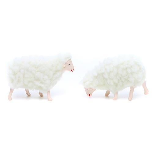Oveja de pvc y lana blanca 4 piezas 10 cm de altura media 2