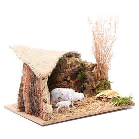 Szenerie Unterstand für Schafe mit Jutedach 5x15x10 cm s3