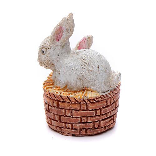 Coniglietti in cestino resina per presepe 15 cm 2