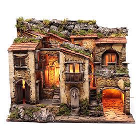 Borgo con luce e fontanella 50x60x40 cm presepe di Napoli s1