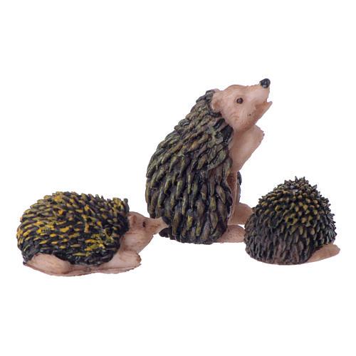 Rodzina jeży do szopki 10-12 cm zestaw 3 szt z malowanej żywicy 2