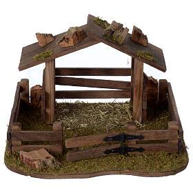 Animali presepe: Recinto con tettoia in legno 15x20x20 cm per presepe 10-12 cm