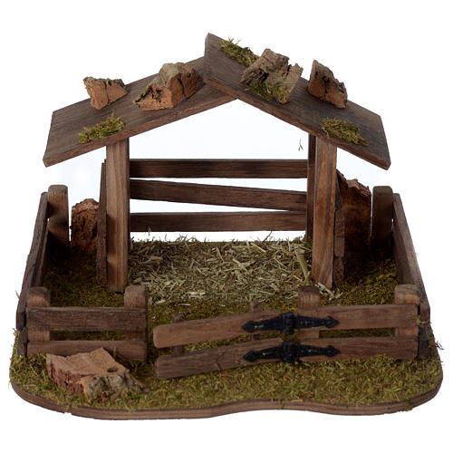 Recinto con tettoia in legno 15x20x20 cm per presepe 10-12 cm 1