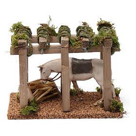 Porche con caballo y comedero 10x20x10 cm para figuras belén 10 cm de altura media s1