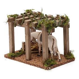 Porche con caballo y comedero 10x20x10 cm para figuras belén 10 cm de altura media s2