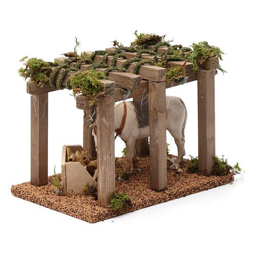 Porche con caballo y comedero 10x20x10 cm para figuras belén 10 cm de altura media 3