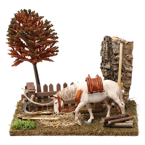 Cavallo alla palizzata, albero, falce 15X20X20 cm per figure presepe 10 cm 1