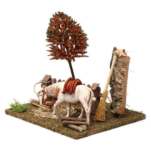 Cavallo alla palizzata, albero, falce 15X20X20 cm per figure presepe 10 cm 2