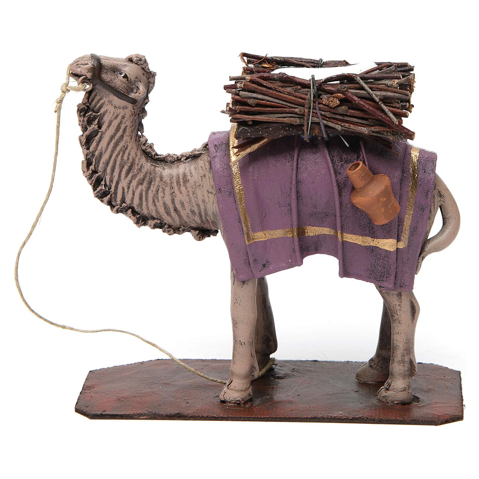 Camello de pie con cargo belén 14 cm de altura media terracota 3