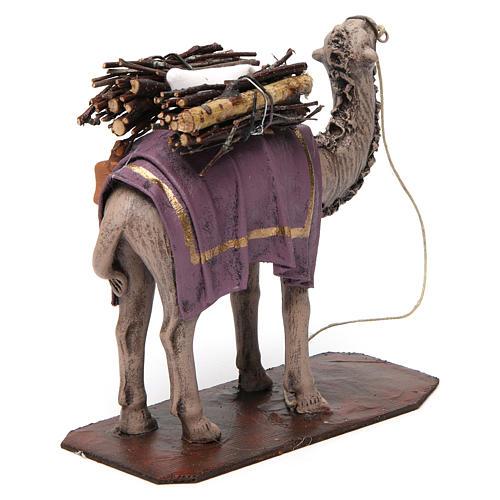 Camello de pie con cargo belén 14 cm de altura media terracota 4