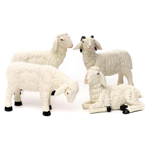 3 Pecore con ariete resina colorata per presepe 35-40 cm 1