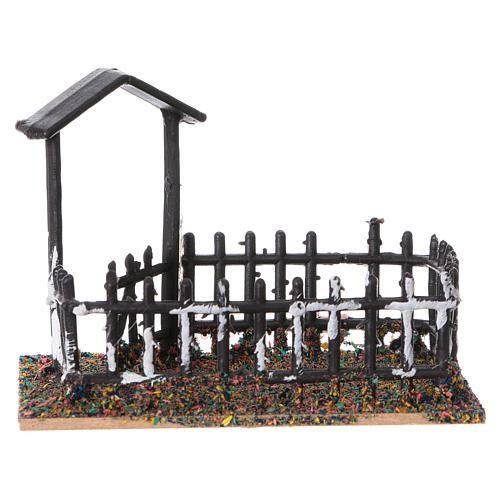 Plastic and cork animal enclosure 8x10x7 cm 1