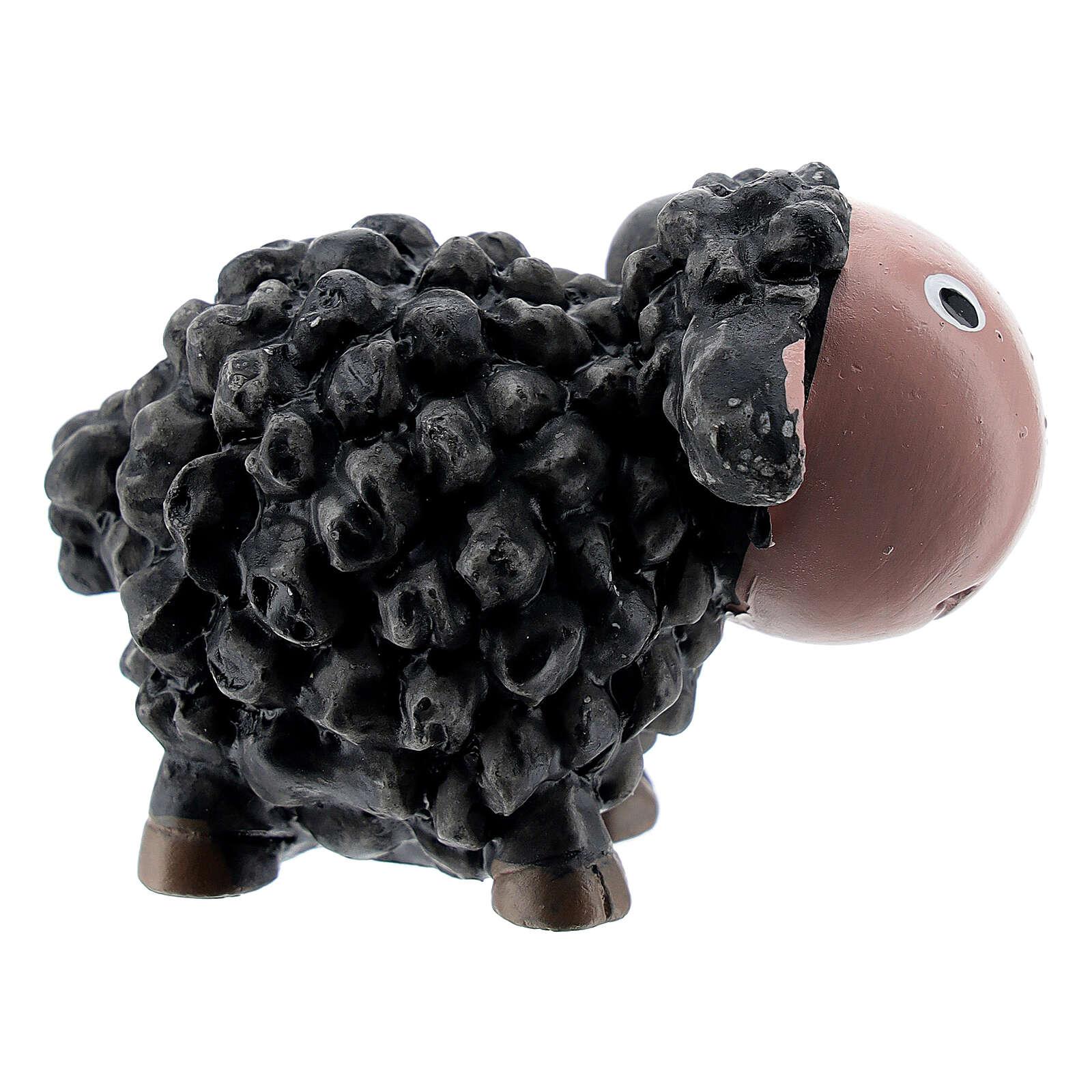 Sheep with black coat 4 cm in resin, 8 cm nativity scene for children 3