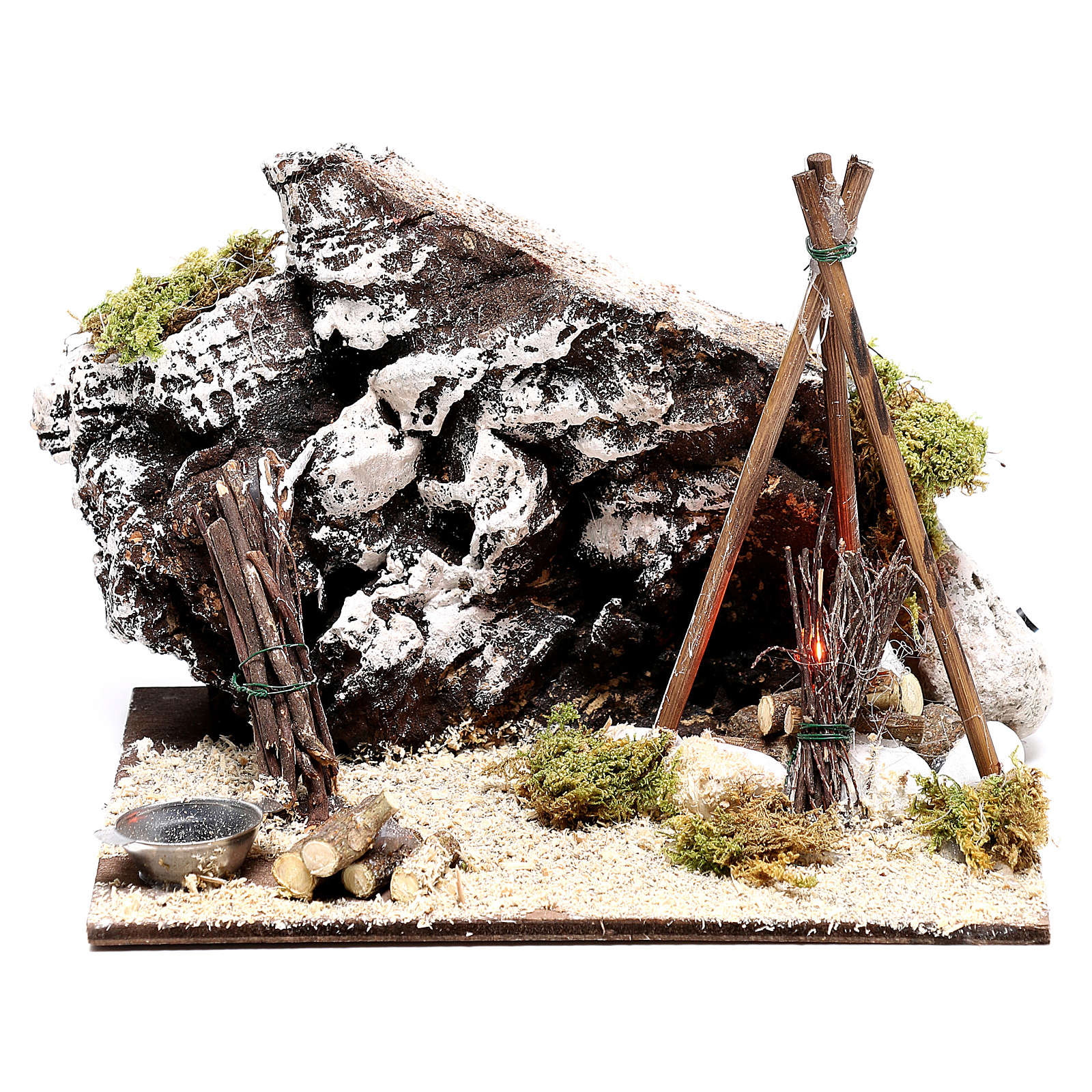 Illuminated nativity setting, rustic camping site with fire 12x15x15cm 4