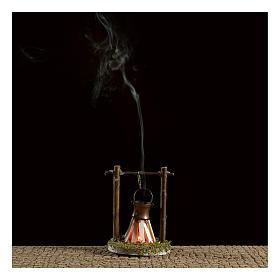 Camp fire cauldron with smoke and light 4,5V h. 9x6cm s2