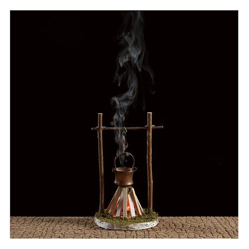 Hoguera con humo y luz 4,5V h. 15x10 cm 2