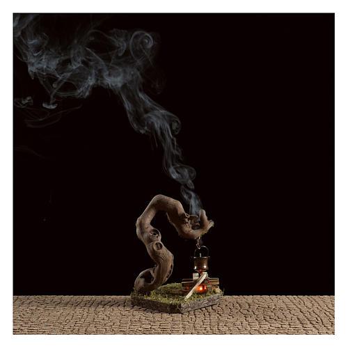 Fuoco per presepe con fumo 4,5V  h.12x8x7 cm 2