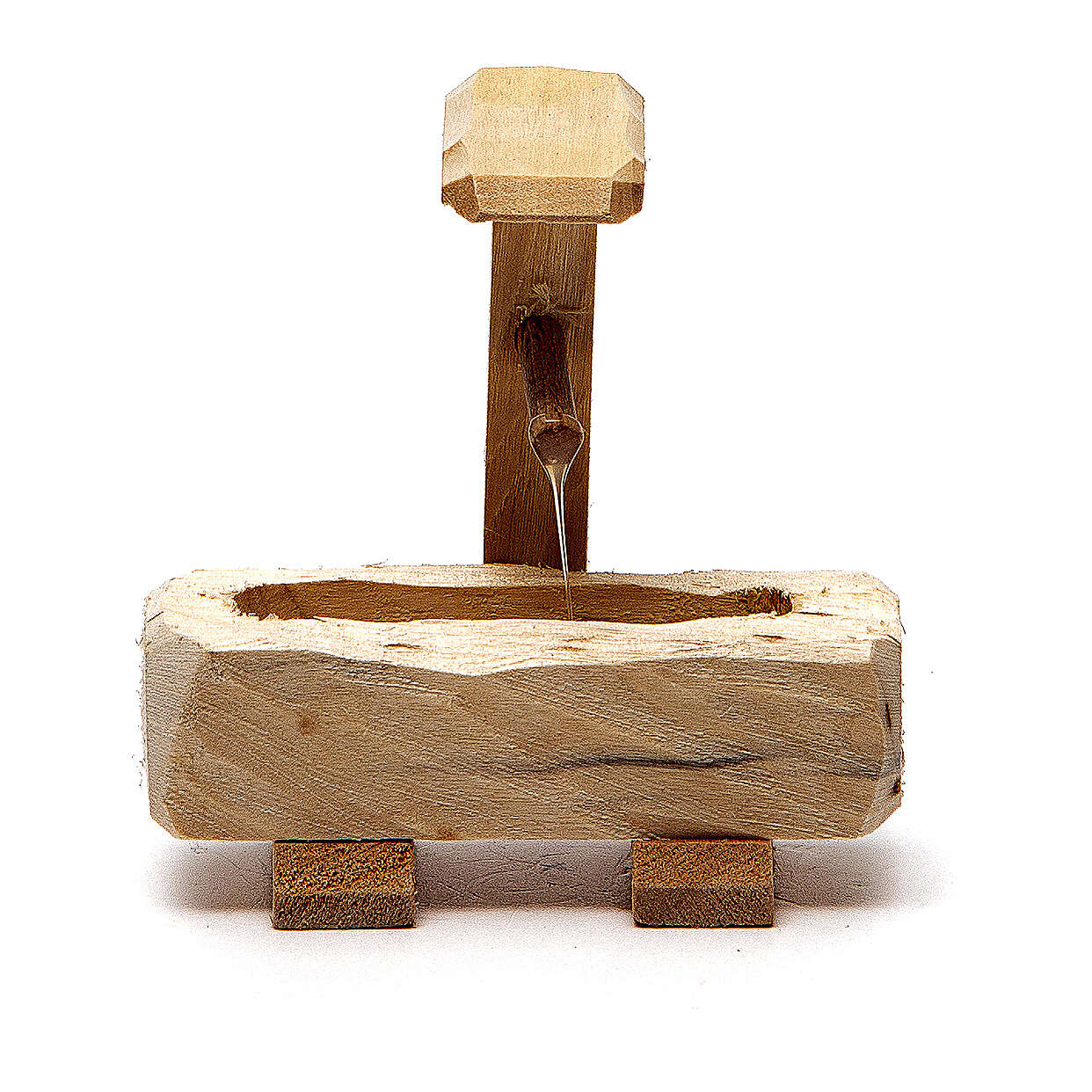 Little Fountain in wood 8x5x8cm 4