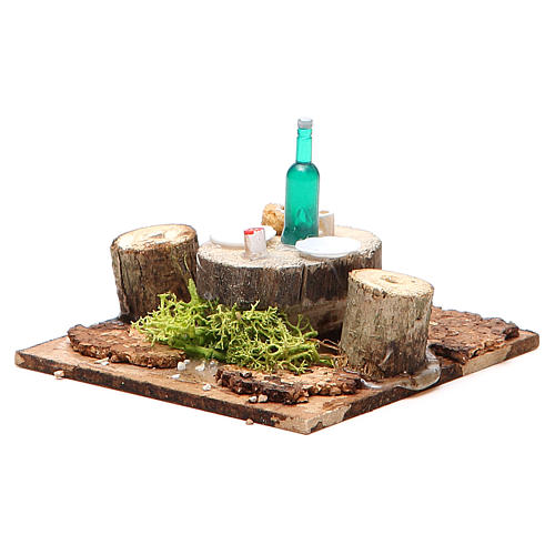 Wooden table with base for nativities measuring 2.5x9x9cm, assorted models 3