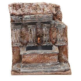 Fontaine crèche dans un rocher 18x16x16 cm s1