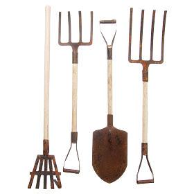Gardening tools in metal for DIY nativities, 4pieces s1