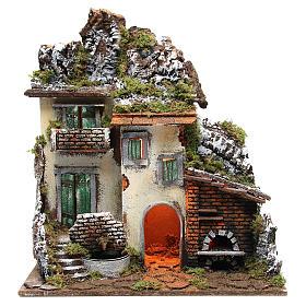 Borgo con capanna presepe cm 55x50x35 con luce fontana forno s1