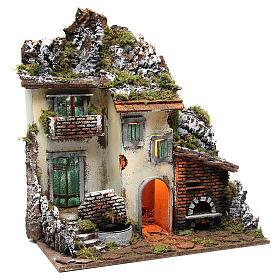 Borgo con capanna presepe cm 55x50x35 con luce fontana forno s3