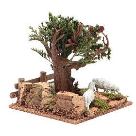 Chêne sur colline avec moutons 16x10x18 cm pour crèche s4