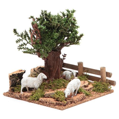 Chêne sur colline avec moutons 16x10x18 cm pour crèche 3