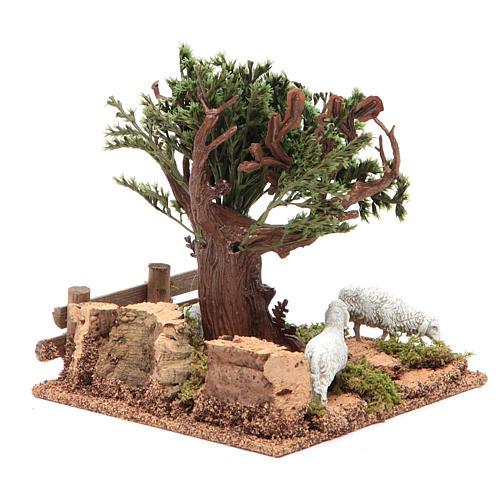 Chêne sur colline avec moutons 16x10x18 cm pour crèche 4