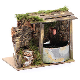 Electric fountain in rocky environment for nativity scene sized 10x15x10 cm s3