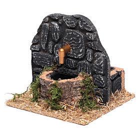 Chafariz com parede pedras escuras 15x15x15 cm s2