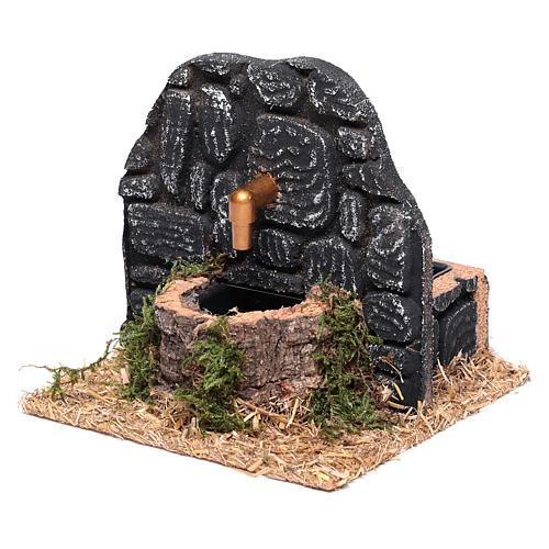 Chafariz com parede pedras escuras 15x15x15 cm 2