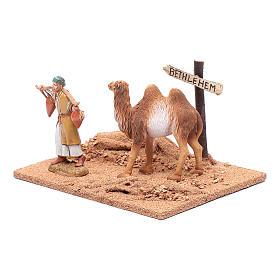 Pèlerin avec chameau 10x19x15,5 cm s2