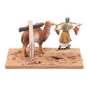 Pèlerin avec chameau 10x19x15,5 cm s4