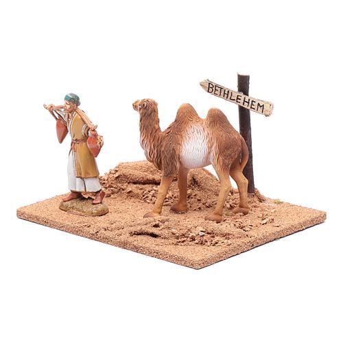 Pèlerin avec chameau 10x19x15,5 cm 2