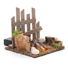 Campfire with fence and LED light with batteries 10x10x10 cm s3