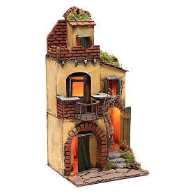 Casa con balcone tondo ambientazione per presepe con luce s3