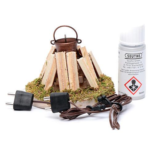 Pentola su falò e legna con generatore di fumo 4,5 V 2