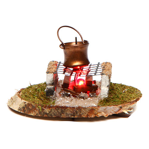 Pot on stone grill in fireplace 4,5 V 1