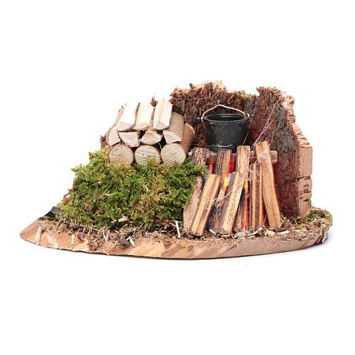 Casserole sur feu avec bois et mur en liège 7x14x7 cm 1
